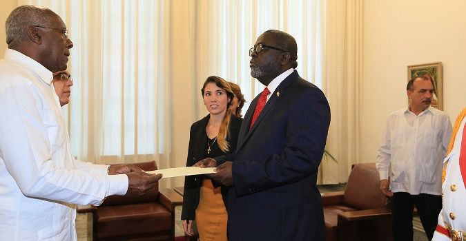 Amb. Brown presenting his credentials