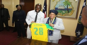 Pres. Sirleaf Congratulates Laffor For CAF Medal